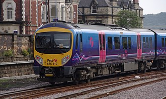 First TransPennine Express - Image: Scarborough railway station MMB 20 185117