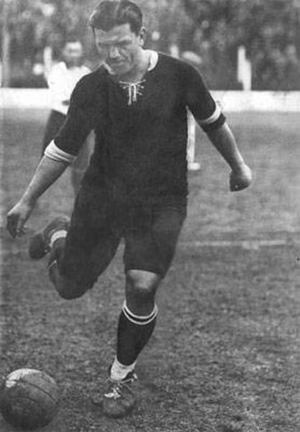 Manuel Seoane - Seoane playing for Independiente.