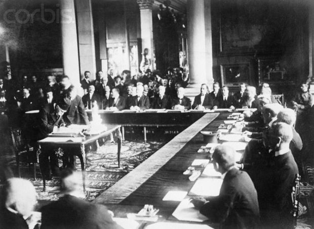 Damat Ferid Pasha signs the Treaty of Sevres. Sevres signing.jpg