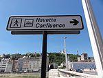Signalisation urbaine du Vaporetto de Lyon.JPG