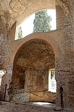 Small thermae Villa Adriana.jpg
