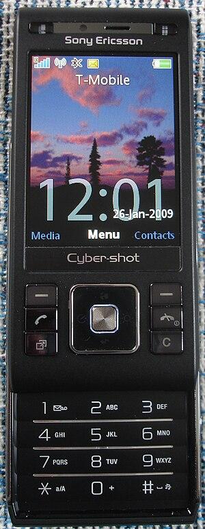 Sony Ericsson C905 - Image: Sony Ericsson c 905 open