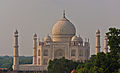 South side of the Taj Mahal 02.jpg
