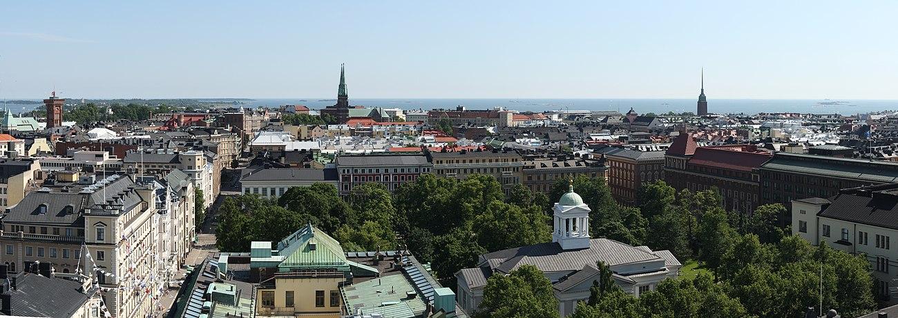 Et panorama over det sydlige Helsinki, fotograferet fra hotel Torni
