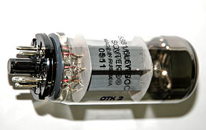 6L6 - Image: Sovtek 5881 vacuum tube