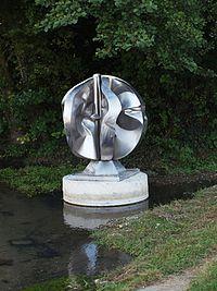 StAubin.Chateauneuf-statue-037.jpg