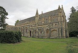St Saviour's Church, Brockenhurst - geograph.org.uk - 171691.jpg