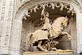 Statue équestre du duc Antoine de Lorraine dans la façade du Palais.jpg