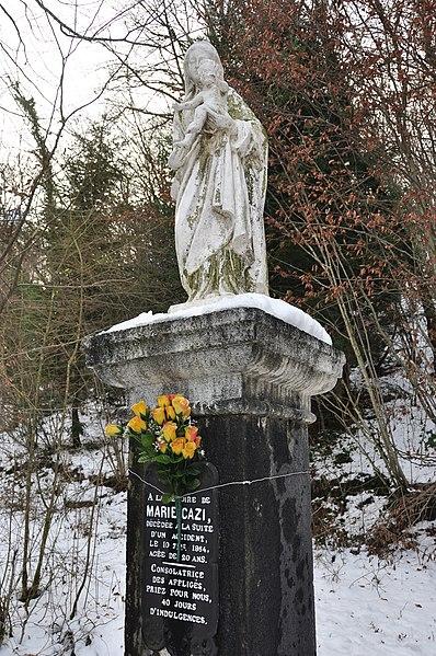 Statue de la Sainte Vierge à Cademène