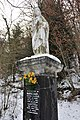 Statue de la Sainte Vierge à Cademène - panoramio (1).jpg
