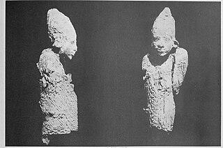 Faraone arcaico in avorio