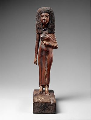 Art of ancient Egypt - Wood Gilded Statue of Lady Tiye, mother of Akhenaten, Egypt ca. 1390-1352 B.C.E. Amarna Period