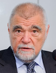 Stjepan Mesic (2) (cropped).jpg