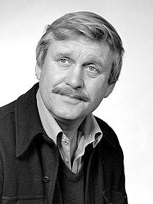 Sverre Holm