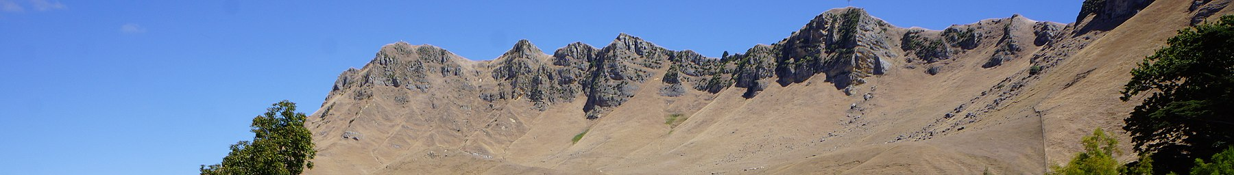 Te Mata Peak from Craggy Range Vineyard.JPG
