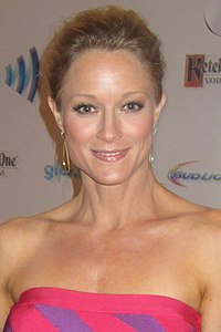 Teri Polo 2014 (cropped).jpg