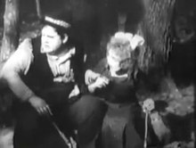 File:The Battle Royal 1916 OLIVER BABE HARDY Plump and Runt Willard Louis.webm