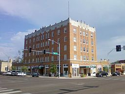 The Grand Hotel, Frederick OK 2012-08.jpg