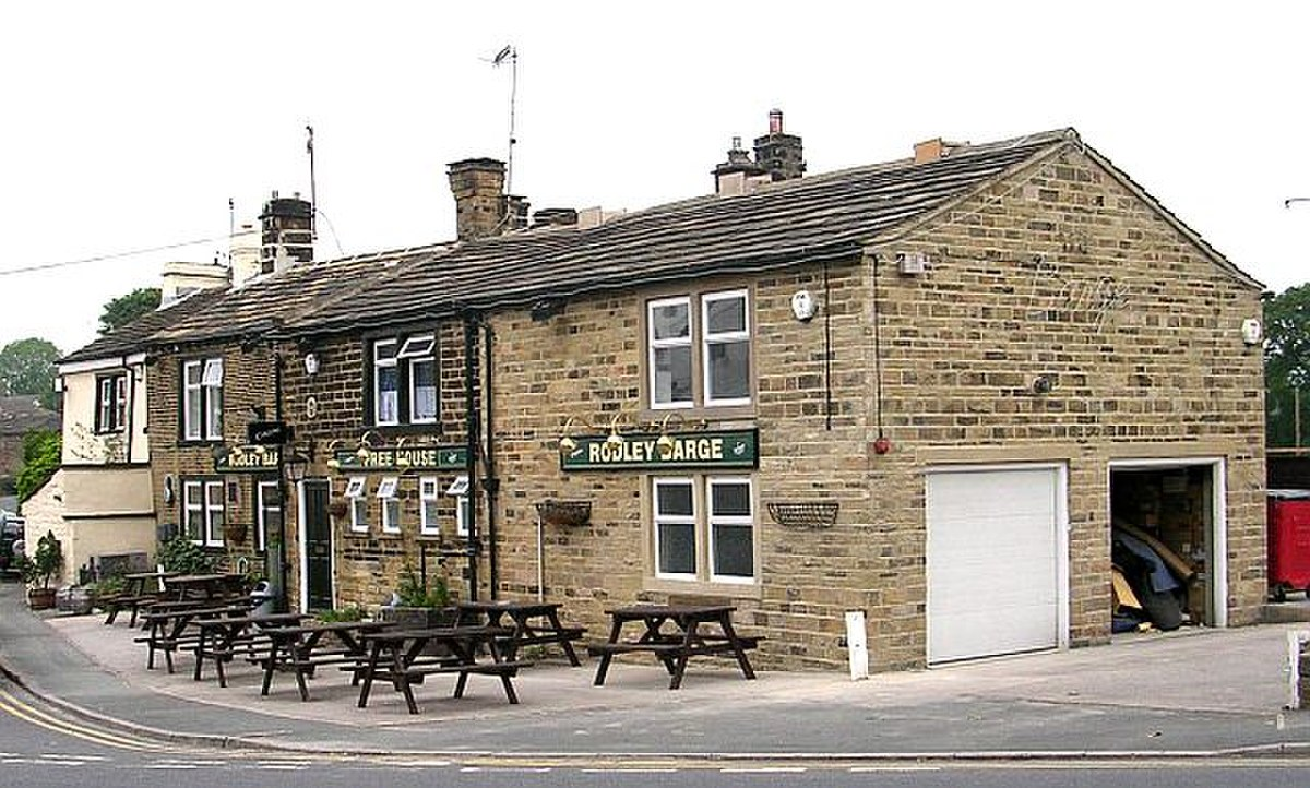 The Rodley Barge - Canal Road, Rodley - geograph.org.uk - 459086.jpg