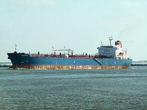 Torm Charente - IMO 9230854 - Callsign OYNS2 p1 leaving Port of Rotterdam, Holland 12-Mar-2006.jpg