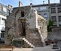 Tour de l'ancienne enceinte de la Martinopole 10 rue Baleschoux a Tours DSC 0014.jpg