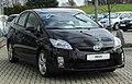 Toyota Prius Life (ZVW30) front 20110116.jpg