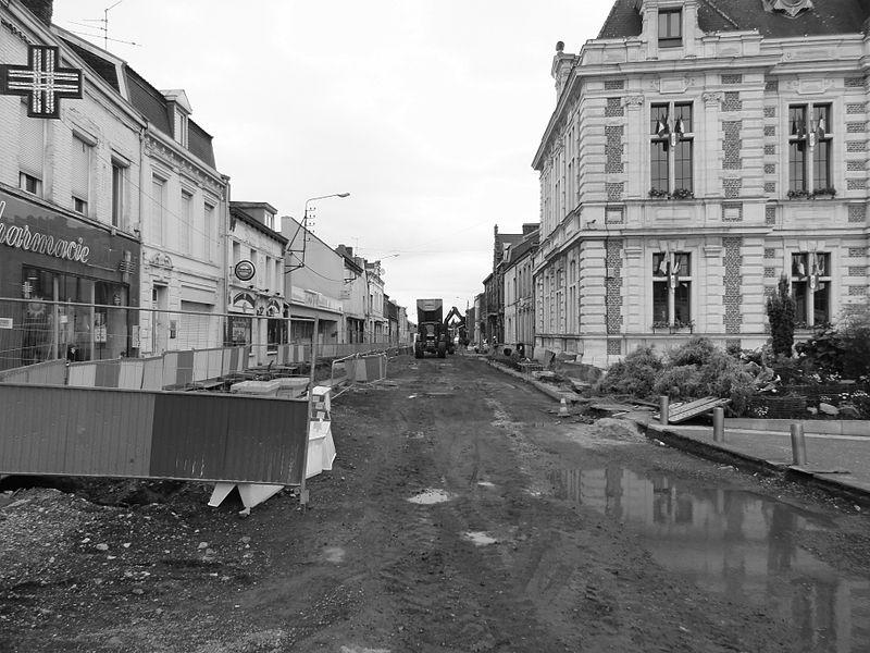 État des travaux au 13 juillet 2012 sur la branche de Vieux-Condé de la ligne B du tramway de Valenciennes, dans les communes de Valenciennes, Anzin, Bruay-sur-l'Escaut, Escautpont, Fresnes-sur-Escaut, Condé-sur-l'Escaut et Vieux-Condé.