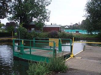 Trowlock Island - Trowlock Island chain ferry