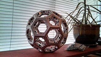Truncated icosahedron - Image: Truncated icosahedron by Sean Journot