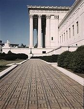 U.S. Supreme Court Building 1a35454v.jpg