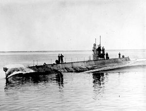 USS M-1 (SS-47).jpg