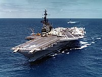 USS Midway (CVA-41) underway in the Pacific Ocean on 19 April 1971 (NNAM.1996.488.116.040).jpg