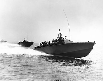 Fast attack craft - US Navy 80 ft Elco PT boats, led by PT-105, at high speed in 1942