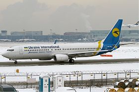 Ukraine International Airlines Boeing 737-800 KvW.jpg