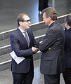 Unterzeichnung des Koalitionsvertrages der 18. Wahlperiode des Bundestages (Martin Rulsch) 017.jpg