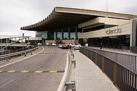 Valencia Airport Terminal.jpg