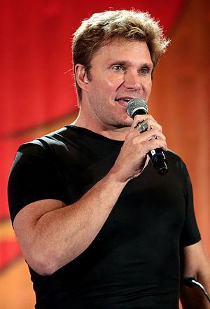 Vic Mignogna - Mignogna at the 2017 Phoenix Comicon