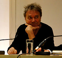 Vienna 2013-04-09 'Hauptbücherei' - Wolfram Berger reading from L. Norfolk's 'Das Festmahl des John Saturnall' (German version).jpg