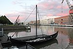 Viikinkiajanlaiva Sotka Turku 1.JPG