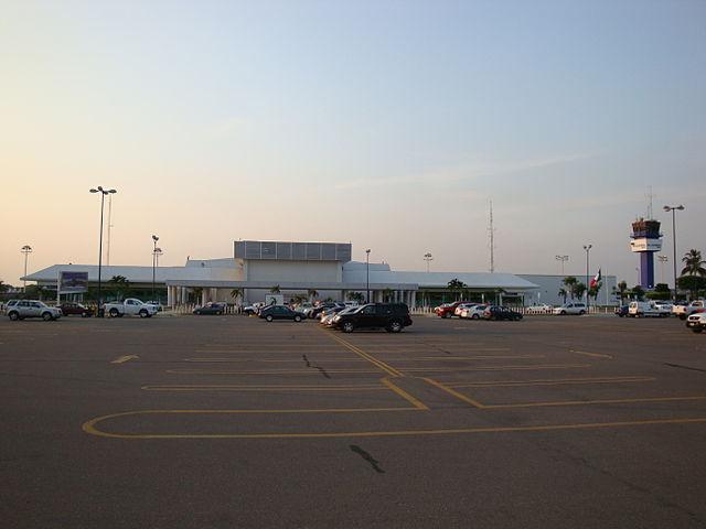 Aeropuerto Internacional Carlos Rovirosa Pérez