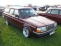 Volvo 240 (6518709561).jpg