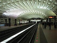 WMATA Metro Center crossvault 2009
