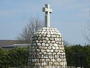 New Leeds - Image: War Memorial at New Leeds geograph.org.uk 398654