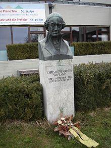 Wieland-Denkmal in Biberach (Quelle: Wikimedia)