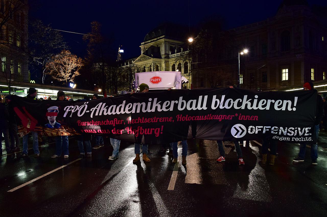 Demo Wien Photo: Anti-Akademikerball-Demo Der Offensive Gegen