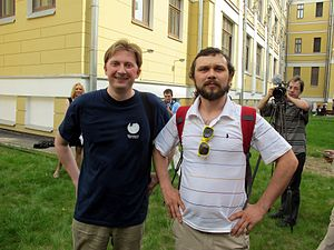 Wiki Party in Moscow 2013-05-18 (Wikipedia Alley; Krassotkin; 30).JPG