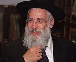 הרב יעקב שפירא בהכנסת ספר תורה