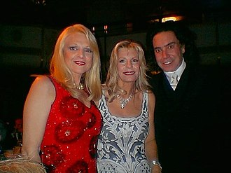 Yasmin Aga Khan - Yasmin Aga Khan (center) with Margo Catsimatidis and Rodolfo Valentin at the Alzheimer's Association Rita Hayworth Gala