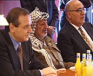 Yasser Abed Rabbo - Abed Rabbo (left) with Prime Minister Yasser Arafat and cabinet minister Nabil Shaath in a meeting in Copenhagen, Denmark, 1999