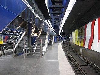 Zürich Airport railway station - The underground platforms at Zurich Airport railway station